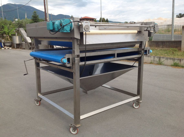 ROLLER SIZER FOR SLEEVERE
