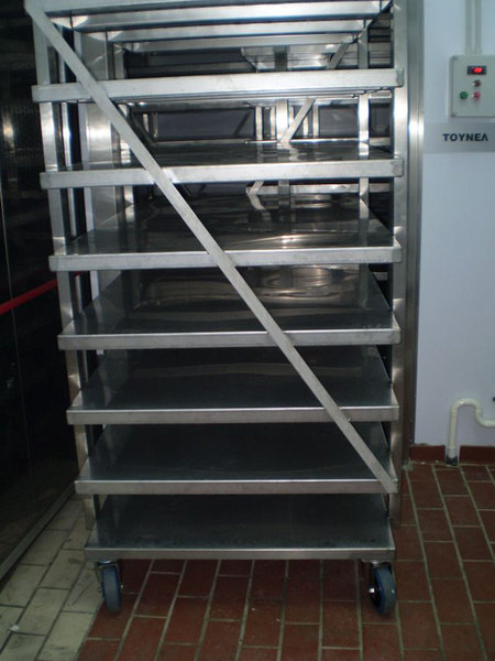 Photo TROLLEY WITH SHELVES